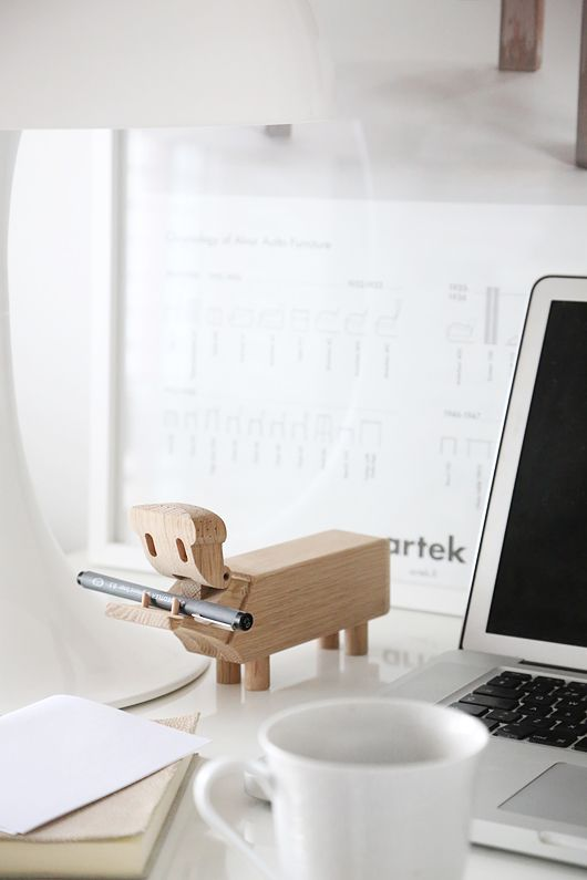 cute and practical. little desk friend. Trendenser.se - one of Unmatched interior design blogs