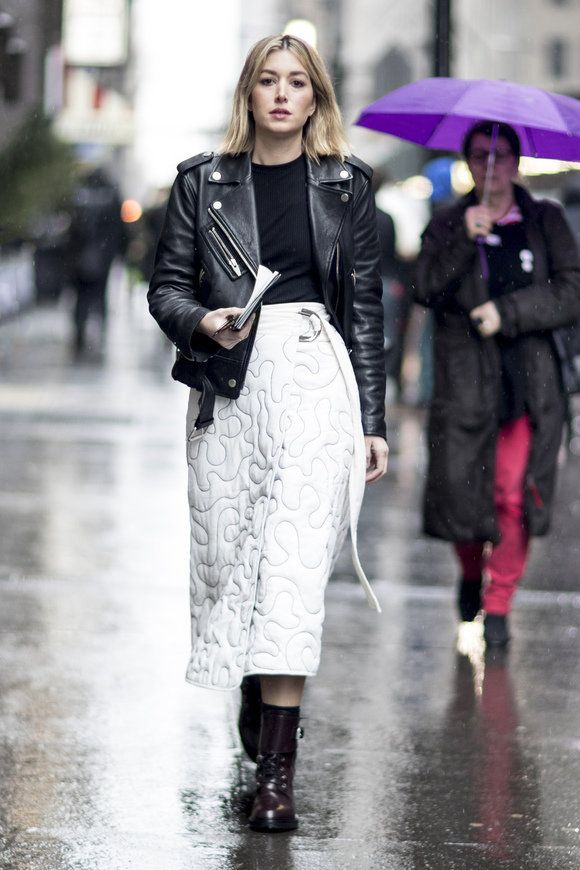 Black and White outfits   | For more style inspiration visit 40plusstyle.com