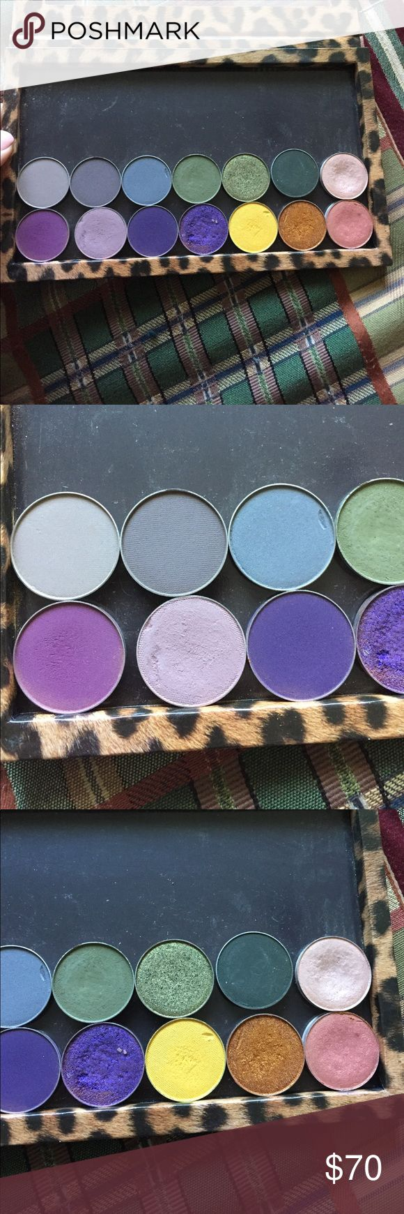 MAC/makeup geek eyeshaodws L TO R: Bedrock, concrete jungle, stealth, dirty martini, jester, enchanted forest, naked lunch, curfew, unexpected, Motown, Caitlin rose, lemon drop, untamed, expensive pink. MAC Cosmetics Makeup Eyeshadow