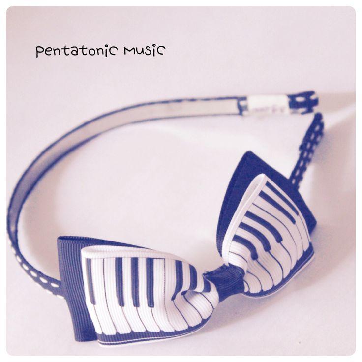 Piano Bow Hairband. Untuk melihat produk lain follow instagram : pentatonicmusic atau website http://pentatonic-music.com