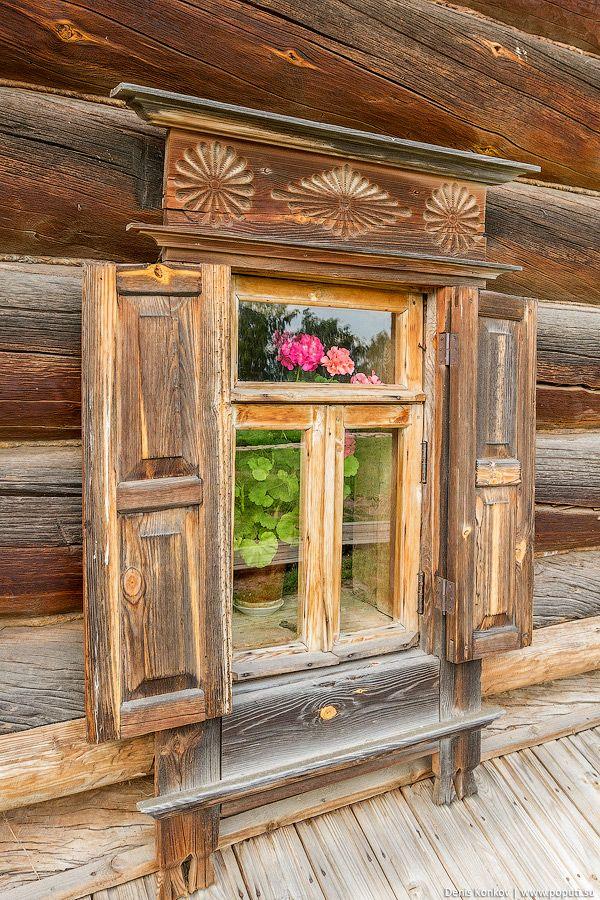 суздаль, суздаль фото, музей деревянного зодчества, суздаль музей зодчества, деревянный дом, дом крестьянина, крестьянский дом, наличник, оберег