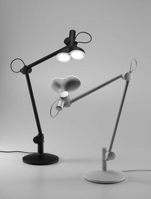 LOBOT (DESK LAMP)