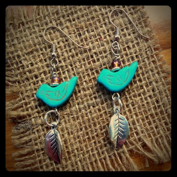 Handcrafted Turquoise Howlite Bird Earrings NEW Turquoise Howlite Bird Earrings. (Hypoallergenic Ear Wires) Beatnik Fancy Jewelry Earrings