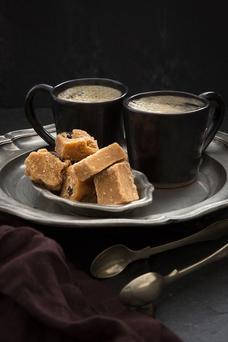 Enjoy some Simply Better after dinner treats with our Simply Better Medium Roast Columbian Ground Coffee, perfectly complemented by our Simply Better Irish All Butter Vanilla or Rum & Raisin Fudge.