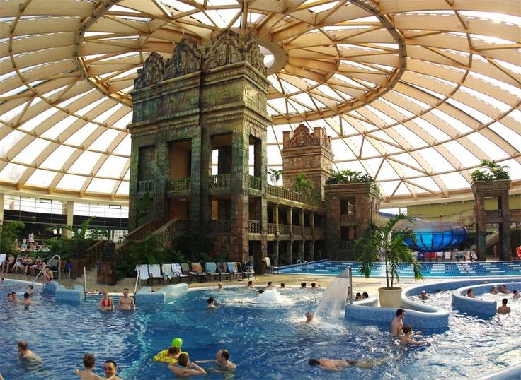 Conference facilities and WATERSLIDES at Ramada Resort Aquaworld (Budapest)