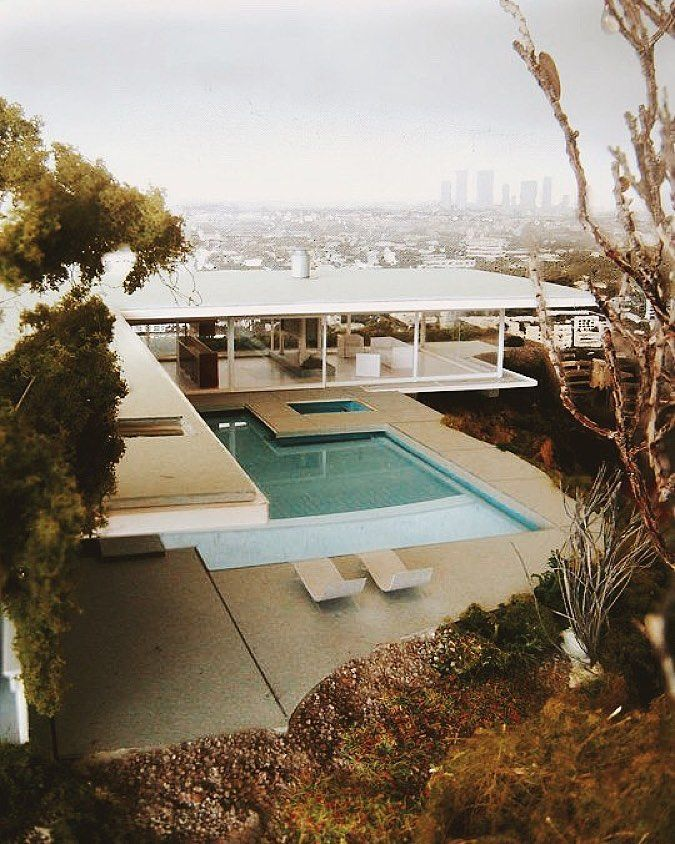 """theincompletechronicle: """"Stahl House in Los Angeles built in 1959 by architect Pierre Koenig. See more on the blog. #brooketestoni.com by brooketestoni http://ift.tt/1Javg3N """""""