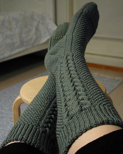 Free Knitting Pattern For Kilt Socks : 104 best Knit and Crochet images on Pinterest Knitting ...