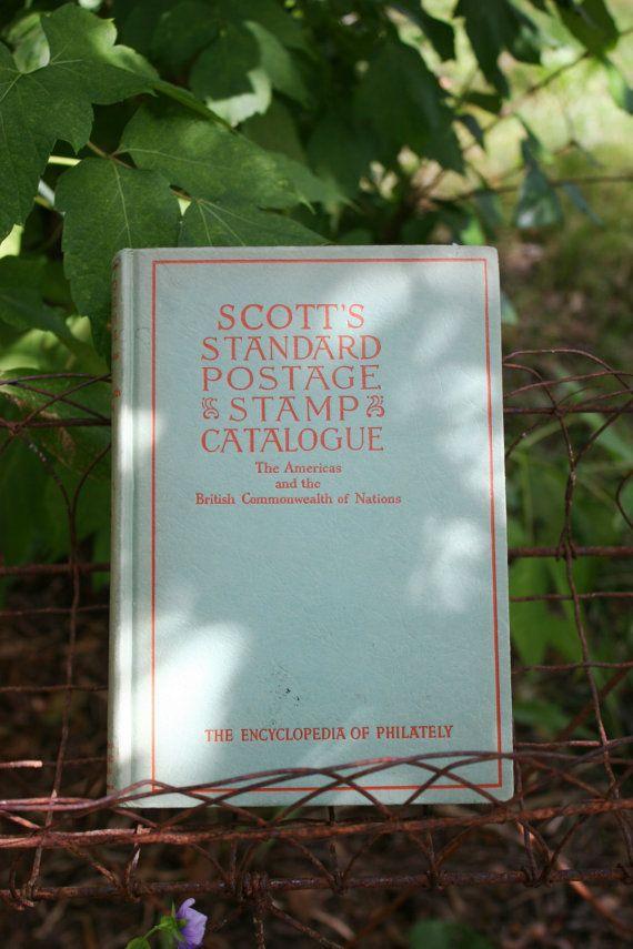 1952 Scott's Standard Postage Stamp Catalogue by TraverseUsedBooks