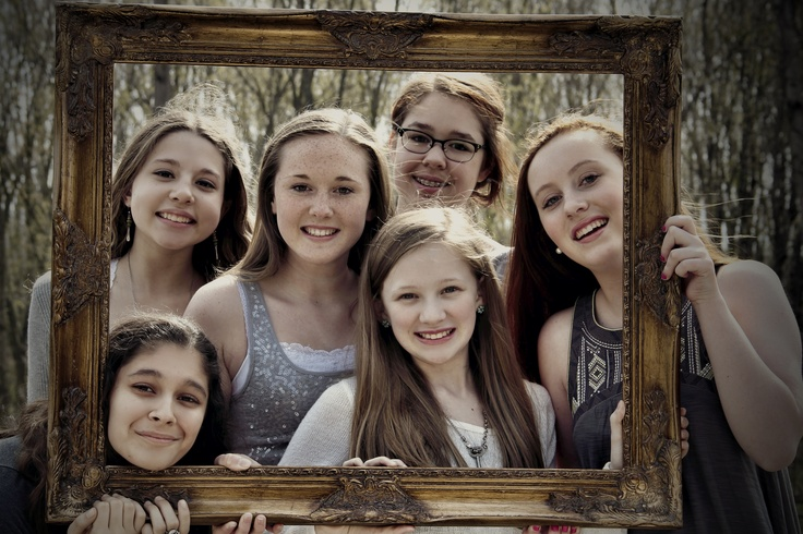 BFF photo frame.  Best Friends Photo Shoot.