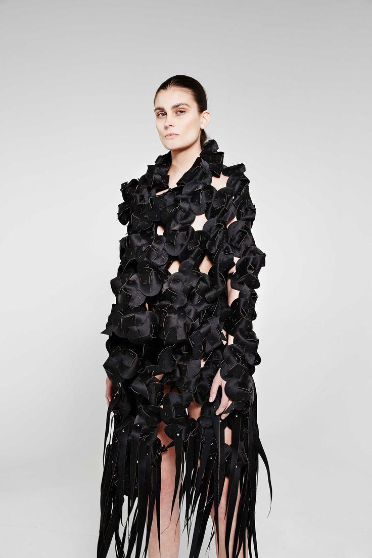 Sid Neigum Autumn-Winter 2016-2017 (Fall 2016) fashion collection