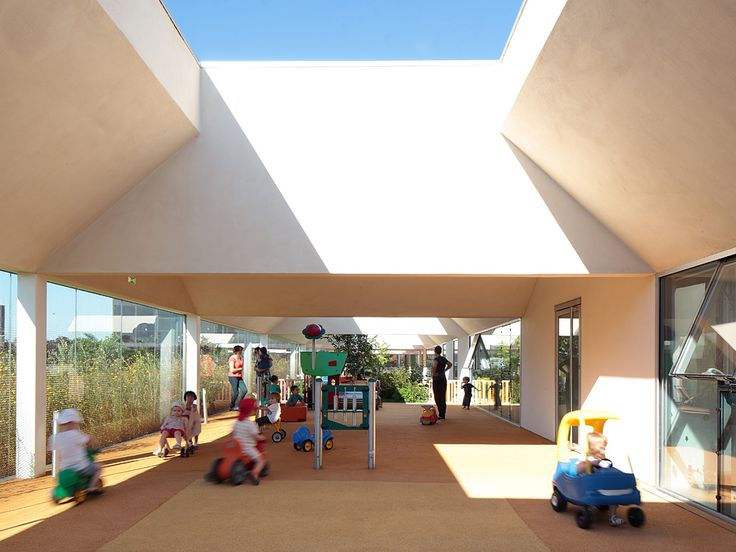 Childcare centre in Lomme – Conviviality and comfort of the outdoor space - picture ©Stephan Lucas - Visit our website : www.cfa-arch.com #glass #CortenSteel #ChildcareCentre #lomme #architecture