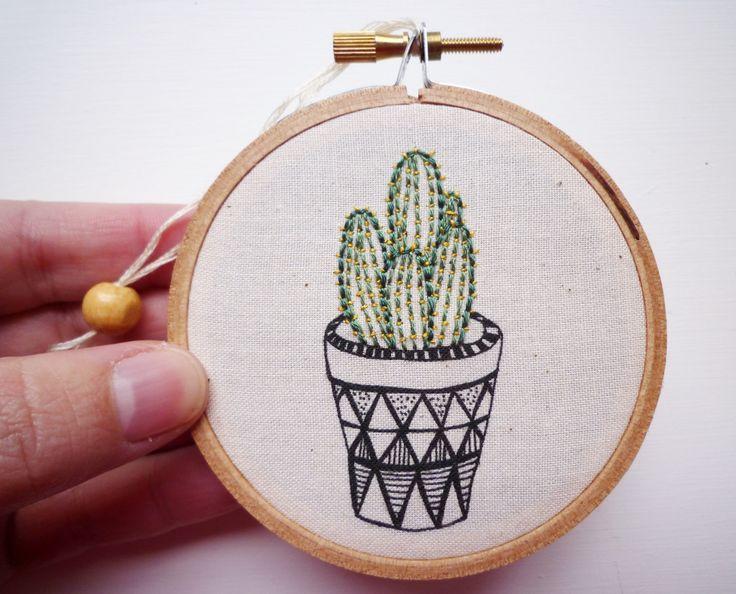 Bordado de Cactus ' Cactus 1' con el queso por CheeseBeforeBedtime