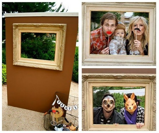 photo booth diy ***no link, but love this idea