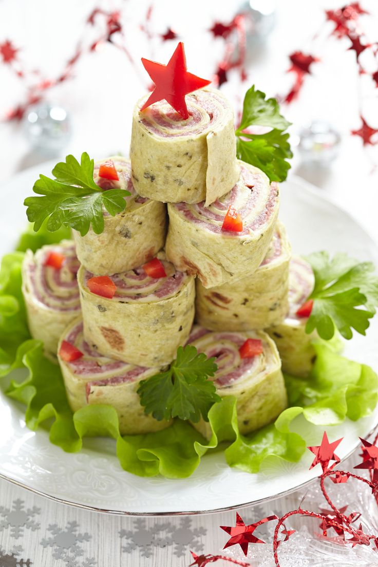 Festive Starter Recipe: Stacked Ham And Cheese Pinwheel Wraps (NO ham for me will substitute with a veggie)