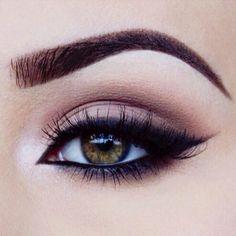 Perfect Everyday Eye Makeup Ideas - Go For False Eyelashes