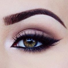 Perfect eye makeup   Simple, easy everyday eye makeup inspiration. Eyeliner, light eyeshadow color and a well defined eyebrow. Don't forget a pair of fabulous Minki Lashes to avoid the mess of rushy mascara!!! ♥