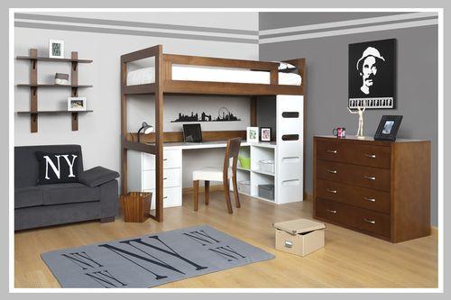 AMBIENTE NIÑO RAMÓN Esta habitación es ideal para ahorrar espacios. Su diseño moderno contrasta colores de madera clásica con blanca. Las escaleras y el escritorio son inspiradas en diseños escandinavos que se destacan por su funcionalidad y simplicidad