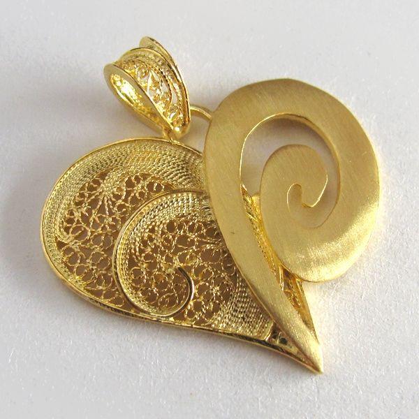Pendente de filigrana em prata dourada - Golden Silver Filigree Pendant - Colgante en filigrana de plata dorada