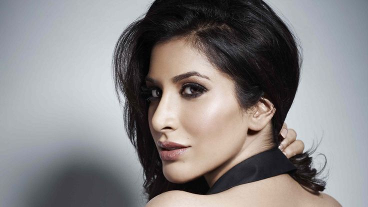 3840x2160 sophie choudry 4k background computer wallpaper