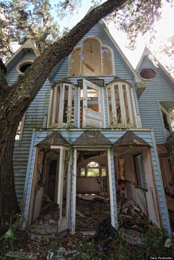 Abandoned treehouse, shot by photographer Drew Perlmutter Looks like the house in Jumanji after the stampede