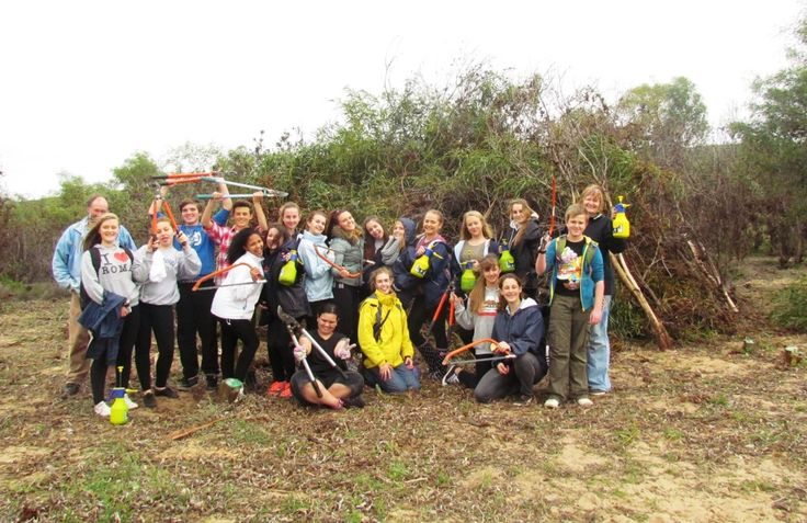 Some pupils invested some time in clearing invasive vegetation in the Blouberg Conservation Area.