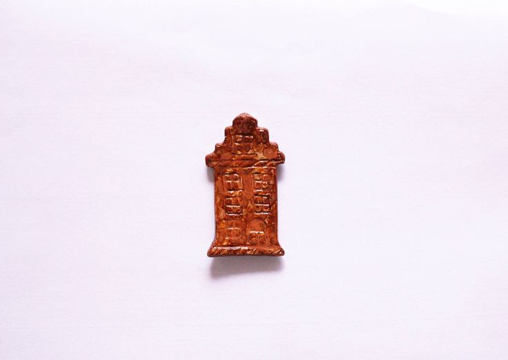 Townhouse magnet, old town magnet, ceramic magnet, handmade magnet, handmade decor, ceramic decor, townhouse decor, ceramic and pottery by CeramicsNaturalist on Etsy