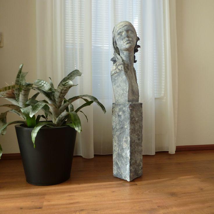 Decoratie beeld of figuur van een vrouwelijke torso groot mooie woonaccessoire passend in bijna - Beeld van decoratie ...