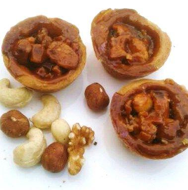 mini tartelets met notencaramel
