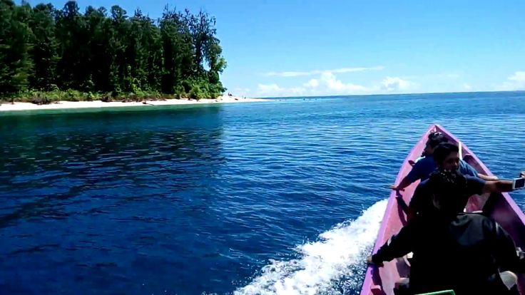 Pulau Um Keindahan di Ujung Utara Papua Barat - Papua Barat