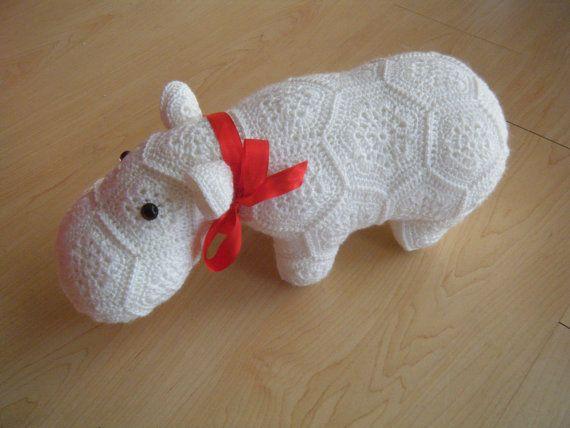 Crochet hippopotamus made out of African by HandmadebyFieke, €40.00