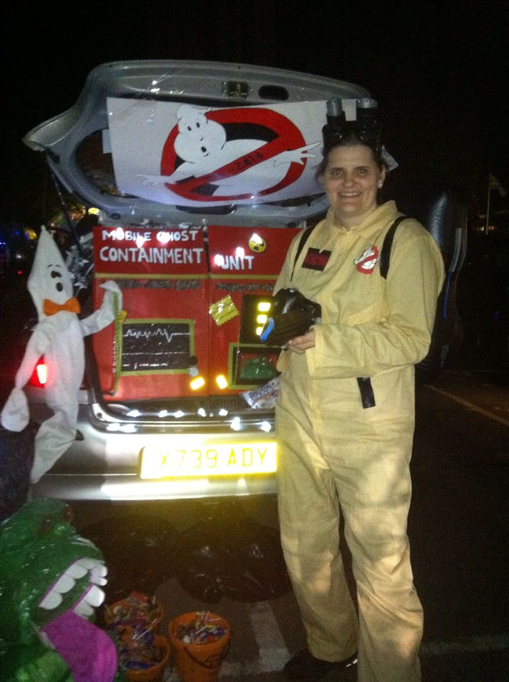 Ghostbusters trunk n treat car... 30th Anniversary...