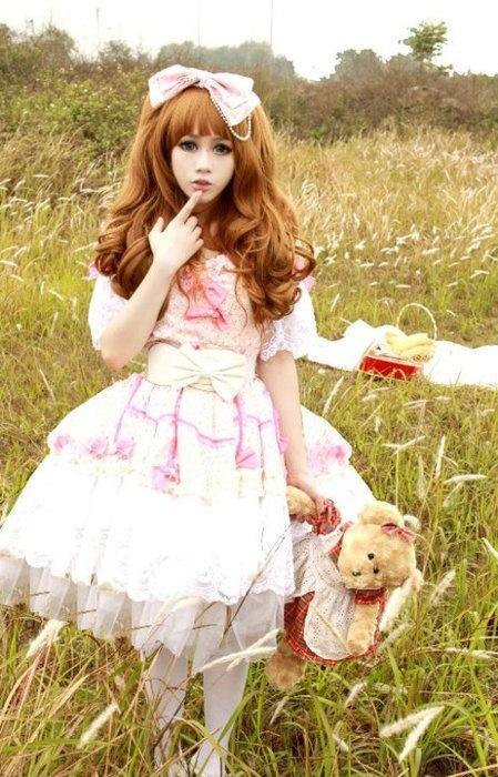 Lolita fashion  At the teddy bears picnic