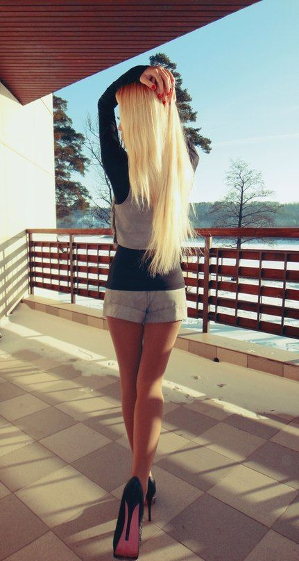 <3 Inspiration to be this skinny & hair this long