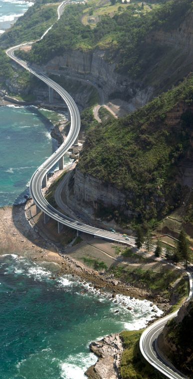 Sea Cliff Bridge in the northern Illawarra region of New South Wales, Australia • photo: -ice- on Flickr