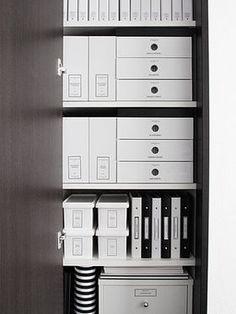 【モノクロ(白黒)100均雑貨】洗面所・押入れをシンプルに美しく収納 - NAVER まとめ
