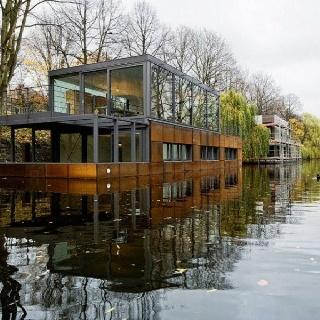 53 best house boats images on pinterest floating homes boat house and houseboats. Black Bedroom Furniture Sets. Home Design Ideas
