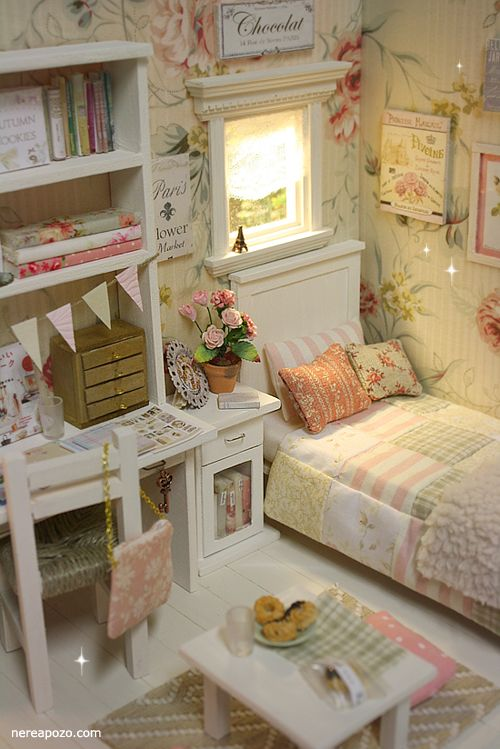 Bright and sunny bedroom by Nerea Pozo Art: ♥ Diorama SCENT OF SUNRISE ♥