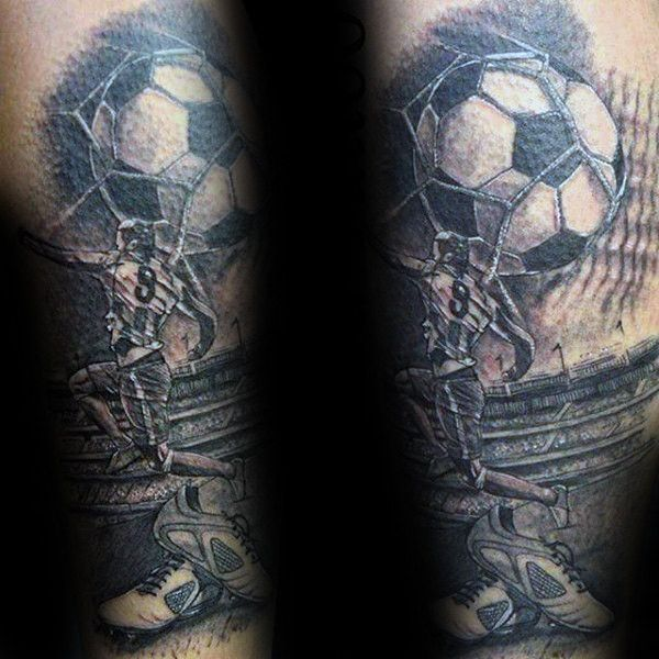 90 Fussball Tattoos Fur Manner Sporting Ink Design Ideen