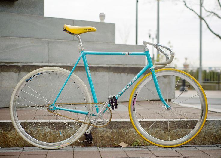 Awesome colors #bike #fixie #fixedgear