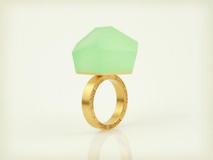 Vu - mint green, gold ring - =PYO=