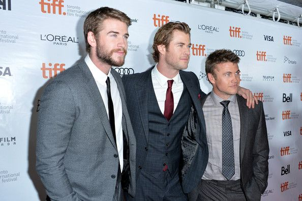 CHRIS HEMSWORTH and Brothers - See best of PHOTOS of the actor