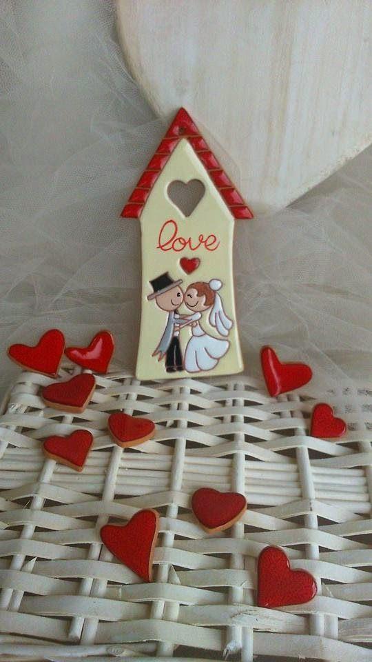 ceramica come mestiere: Casetta in ceramica con decoro sposini. LOVE. Bomb...