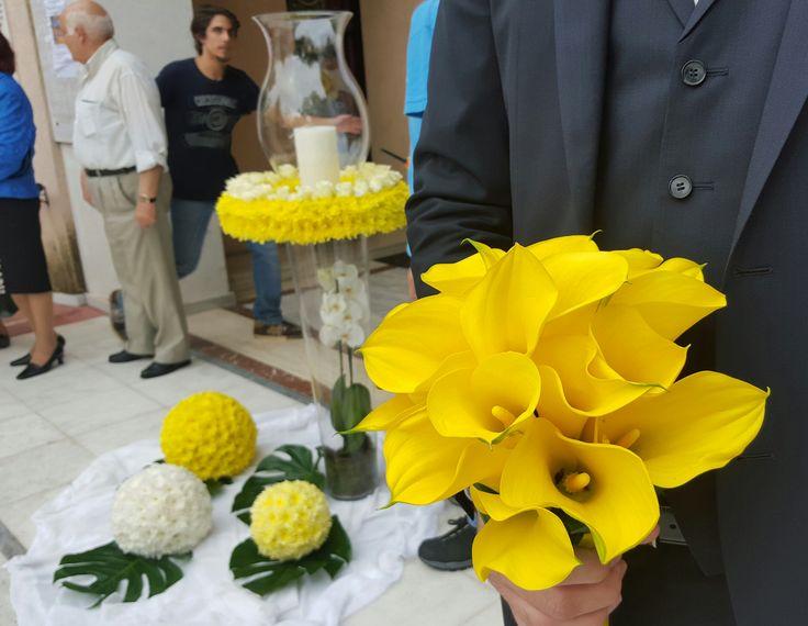 Νυφική ανθοδέσμη για γάμο με κίτρινους κρίνους - κάλλες !