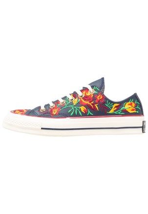 d78a51aea43 CHUCK TAYLOR ALL STAR 70 - Joggesko - obsidian/cherry red/egret ...