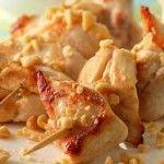 spiedini di pollo croccanti con salsa allo yogurt - Ricette in 30 minuti