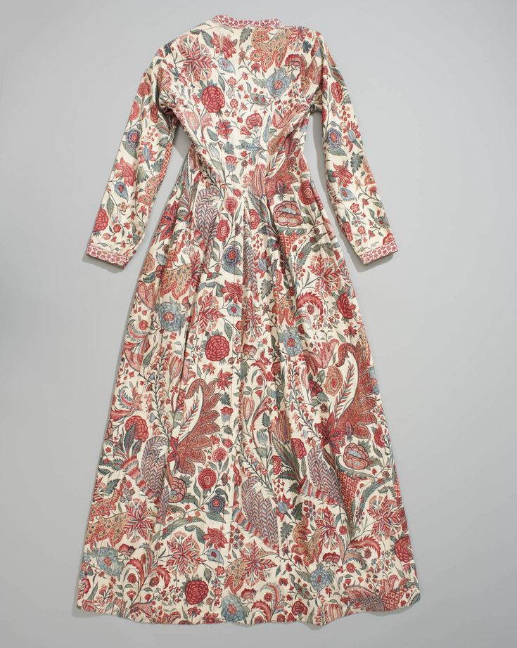wentke (vrouwenjas), Hindeloopen, Indiase sits 1700-1850