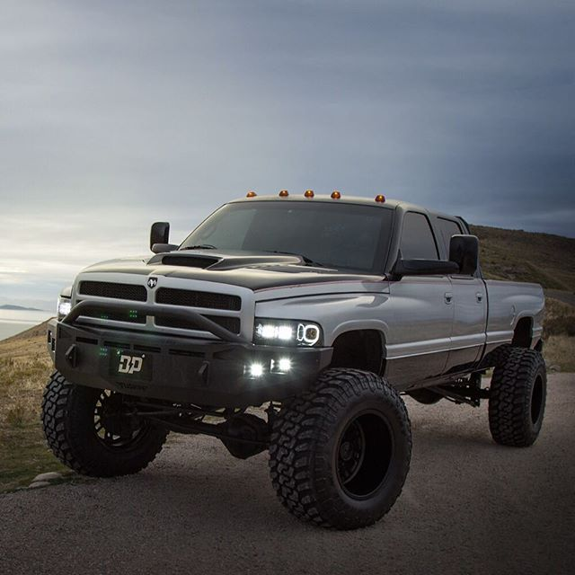Pin By Gavin Fairbanks On Dream Trucks Dodge Trucks Dodge