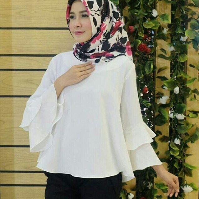 ㅤㅤ Supplier Hijab Murah ㅤ Ready SN1208@50rb (KHUSUS GROSIR) Bahan Peach Sofie Seri 6 Warna LD 100 cm P 65 cm ㅤ New Upload nih untuk reseller kesayanganku konveksi busana muslim, wholesale ya sis. ㅤ Contact Us for more detail Line: @ konveksi.hijab (pakai tanda @ yah) WA: 0858 8533 3907 ㅤ Store Location : PGMTA Lt LG Blok B No. 176 ㅤ Menerima pembuatan model minimal 5 lusin yah sis untuk 1 model. ㅤ Group Store Instagram : Hijaber : @ louve.pgmta Gamis : @ alyla.alyla Cek ...