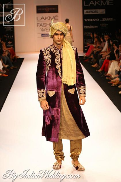 Purple #sherwani for Indian grooms