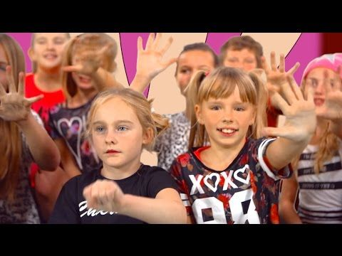 De Familie Vinger   Kinderliedjes   Liedjes voor peuters en kleuters   Minidisco - YouTube